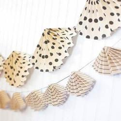 儿童简单手工制作夏天扇子挂饰的方法