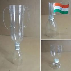 矿泉水瓶废物利用手工制作奖杯、国旗和酒杯