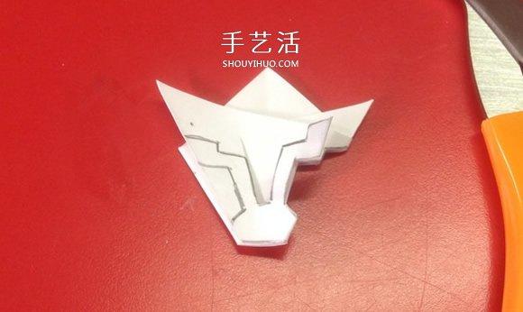 两种简单、漂亮又逼真纸雪花的剪法图解 -  www.shouyihuo.com