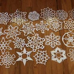 几种漂亮雪花的折叠和剪纸方法图解步骤