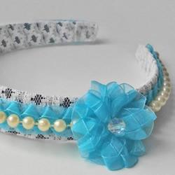 时尚而独特!带花边和珠子的头带的制作方法