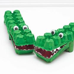 幼儿园用鸡蛋盒手工制作鳄鱼的方法教程