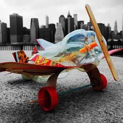 可乐瓶科技小制作 DIY橡皮筋动力飞机的方法