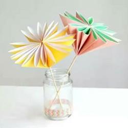 简单又漂亮纸花的折法图解 有16个花瓣!
