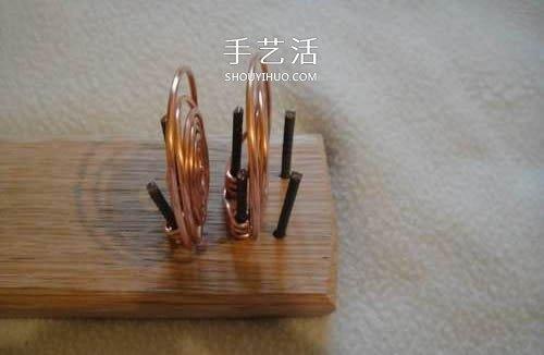 有趣科学小实验:用柠檬发电制作手电筒的方法 -  www.shouyihuo.com