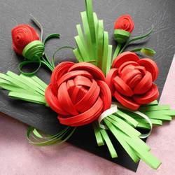 衍纸手工制作绝美玫瑰花的方法图解
