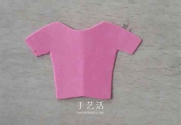 簡單又可愛!海綿紙手工製作衣服貼畫的方法