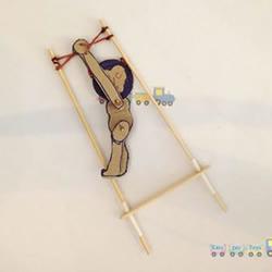有趣的纸板猴子玩具的制作方法