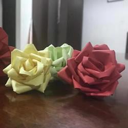 彩纸制作玫瑰花的简单教程
