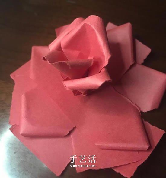 彩紙製作玫瑰花的簡單教程