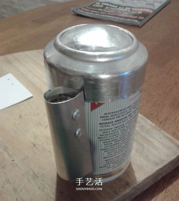 易拉罐DIY制作星球大战R2-D2机器人的方法 -  www.shouyihuo.com