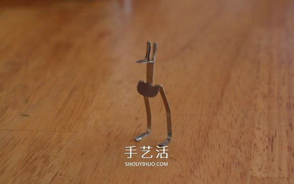 发夹手工制作袋鼠图解 -  www.shouyihuo.com
