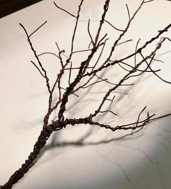自制圣诞节光秃秃树木装饰的制作方法 -  www.shouyihuo.com