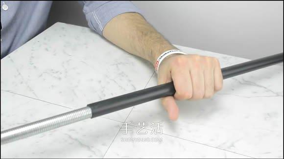 PVC管制作可以连续发射两次的橡皮筋枪 -  www.shouyihuo.com