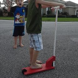 用木头DIY制作儿童滑板车的方法教程