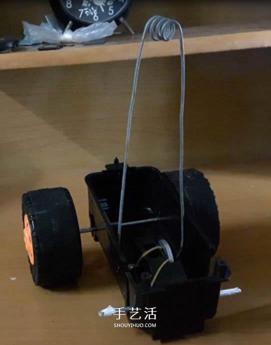 自製風力驅動玩具車的製作教程