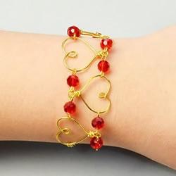 DIY情人节爱心手链的方法步骤图解