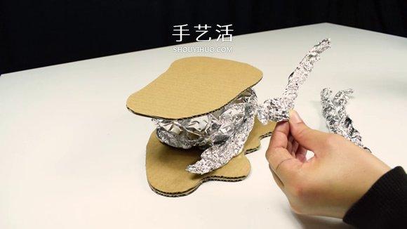 利用廢棄回收材料DIY童話樹屋燈的教程