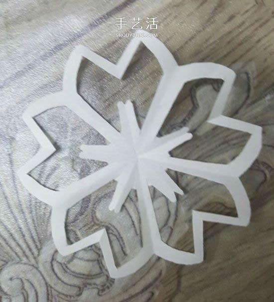 剪紙櫻花的折法和剪紙圖案