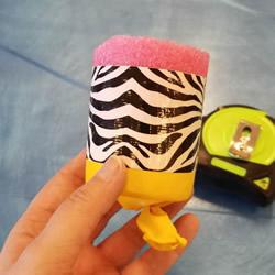 幼儿手工自制弹射玩具的方法教程