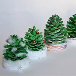 自制松果圣诞树装饰品的方法教程