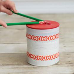 奶粉罐手工制作玩具鼓的方法教程