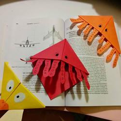 可以插在角落的水母书签的折法图解