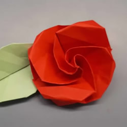简单卷心纸玫瑰的折纸方法图解教程