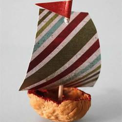 大核桃壳手工制作小帆船的方法教程