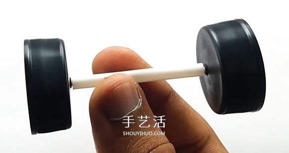 简单自制电动汽车玩具的视频教程 -  www.shouyihuo.com