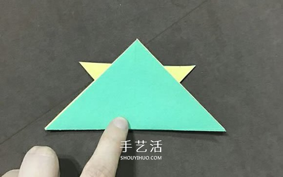兒童簡單摺紙小金魚的折法圖解