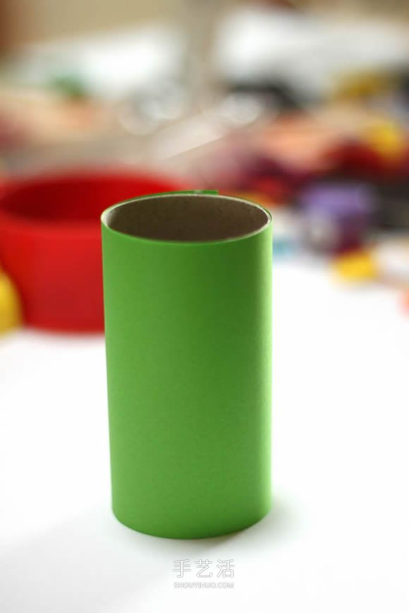 衛生紙筒手工製作毛毛蟲筆筒的做法