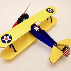 DIY电动空中旋转飞机玩具的方法