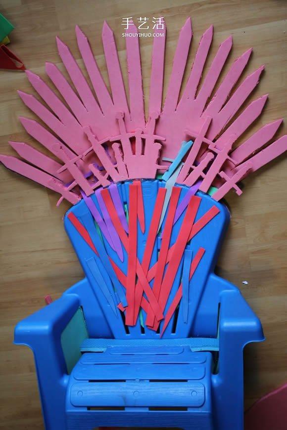 統治維斯特洛斯!用塑料椅給寶寶做鐵王座