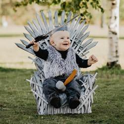 统治维斯特洛斯!用塑料椅给宝宝做铁王座