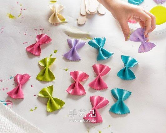 書本上的小精靈!用意大利麵製作可愛蝴蝶書籤