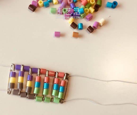 小小別針做首飾!別針手工製作串珠手鐲的方法