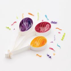 衍纸几个气球 就做成让人超喜欢的生日卡片!