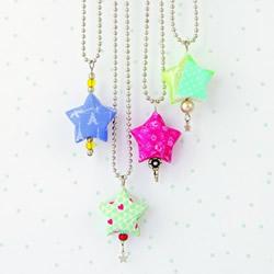纸条星星的折法视频 制作成可爱的项链吊坠