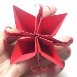 简单折纸4个花瓣 粘合得到一朵四瓣花!