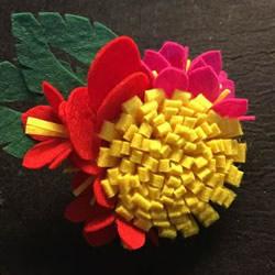 美丽夺目!不织布手工制作花朵头花的方法