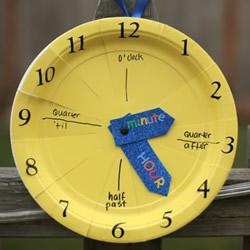 幼儿手工制作认识时间的挂钟玩具做法教程