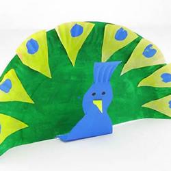 幼儿园手工制作纸盘孔雀的做法教程
