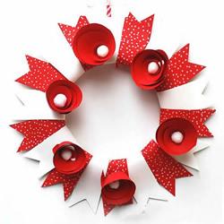 自制圣诞花环的方法 简单漂亮的幼儿园手工