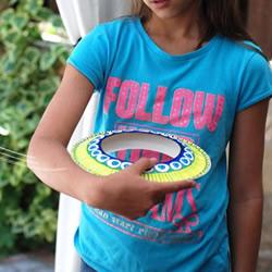 六一儿童节快乐!自制纸盘飞碟玩具的方法