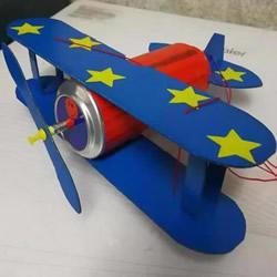 简单易拉罐废物利用 自制飞机模型的方法
