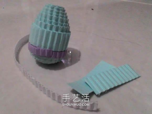 瓦楞纸条手工制作立体衍纸娃娃的方法教程 -  www.shouyihuo.com