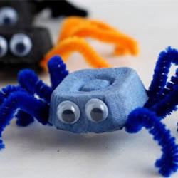 鸡蛋托手工制作可爱小螃蟹的做法教程