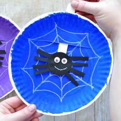 幼儿用纸盘手工制作蜘蛛和蜘蛛网玩具的教程