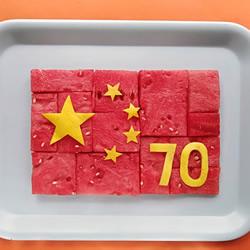 一组国庆手工创意作品 喜迎新中国成立70周年